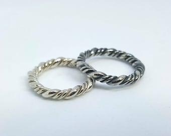 Tordierter Silver Ring (blackened)