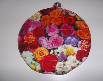 Quilted, Pot Holders, Roses, Mothers Day Gift, Potholders, Hot Pads, Trivet Round, Handmade Double Insulated, Kitchen Decor, Hostess Gift