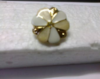 """Ecru, white and gold round flower button with shank """"BOR12"""" ø 2.20 cm"""