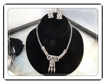 Crystal Clear Necklace Set - Vintage Rhinestone Necklace & Earring   Demi-1302a-042613000