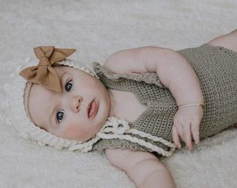 bubble knit baby bonnet,knit newborn bonnet,ivory bonnet,knit baby photo prop,baby knit cotton bonnet,cotton bonnet,baby girl knit bonnet