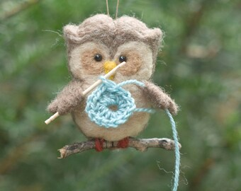 Needle Felted Owl Ornament - Crocheting