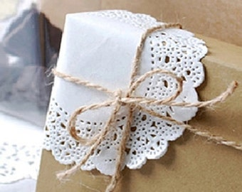 30 Romantic Ivy Lace Paper Doilies (4.5in)