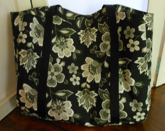 Medium Tote Black White Cream Floral