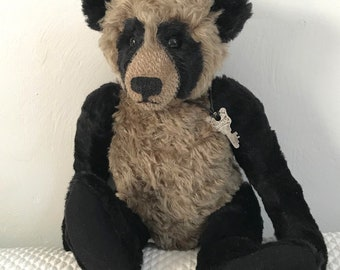 Teddy Bear . Vintage Teddy Bear . reproduction teddy bear . mohair bear . Simonelli's Taddie Bear