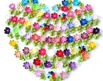 Kanzashi fabric flowers. Alligator hair clip. Small flower hair clip. Girls hair clip. PICK THE COLOR.
