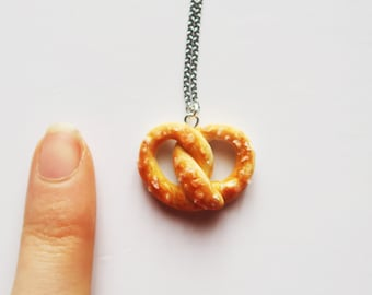 Salted Pretzel necklace - food jewelry, miniature food, kawaii, food necklace, birthday gift