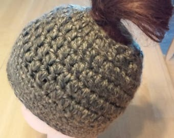Ponytail Beanie - Pewter Gray and Tan Crochet