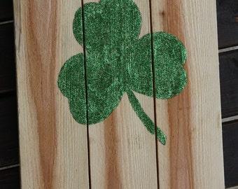 Shamrock Pallet Sign - St. Patrick's Day Decor - Shamrock Decor