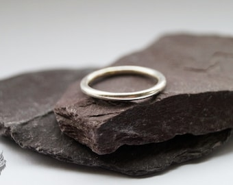 Simple Band Sterling Silver Ring ~ stacking ring