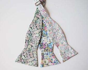 Mint Liberty of London Bow tie, blue wedding bow tie, mint men's tie, groomsmen necktie, skinny tie, custom groomsmen tie, mint floral tie