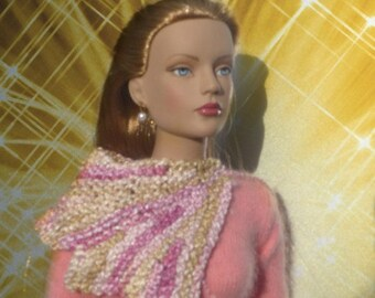 SALE 50 off/ Doll Necklace scarf wrap Knitted Flower for 16 inch /Tonner Tyler Sydney Gene Ellowyne  BJD MSD Art Doll clothes