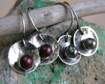 Pearl Orbs -- your choice -- faceted berry red or smooth peacock green