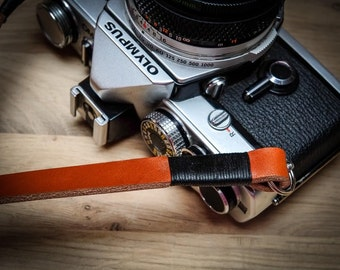 Leather Camera Strap - Whipped Thread Leather Camera Straps | Hand Made leather camera strap | Photographer Gift