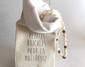 Petit pochon en lin et coton écru pour petit cadeau au Maître ou à la Maîtresse
