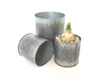 Galvanized Metal Planter Vase Container for Flower Arrangements, Farmhouse Corrugated Zinc Metal Vase in Two Sizes, Flower Arranging Supply