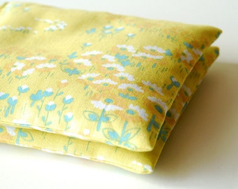 Organic Lavender Sachets in Soft Yellow Floral Retro Fabric Set of 2 Lavender Sachet  Natural Home Wedding Favors