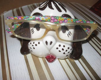 vintage doggy  eye glasses holder