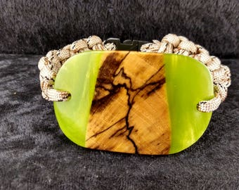 Wood and resin bracelet
