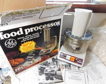Food Processor, Vintage Food Processor, GE Food Processor FP1 with the Original Box Never Used, Vintage Kitchen, Vintage Kitchen tools, :)s*