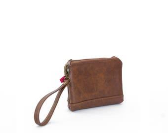 Wristlet in Chestnut, zipper pouch, wrist bag, leather clutch, small leather clutch, brown leather clutch, ready to ship
