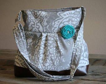 Conceal Carry Purse, Medium Messenger Bag, Grey and White Purse, Conceal Carry Handbag, Concealed Carry Purse, Conceal and Carry, Damask