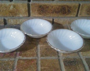 Anchor Hocking Dipping bowls- set of 4