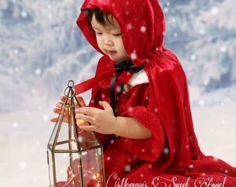Little red riding hood cape. Red hooded cape. Red Halloween cape