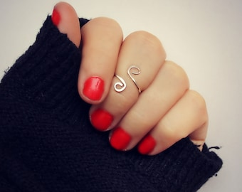 sterling silver knuckle ring, midi ring, swirl hammered knuckle ring, stacking ring, 925 silver