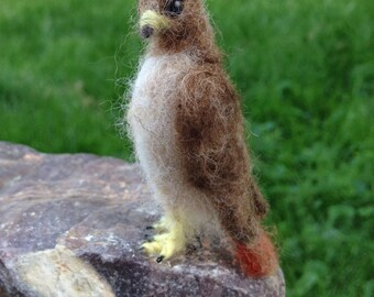 Needlefelt Red Tailed Hawk, Miniature