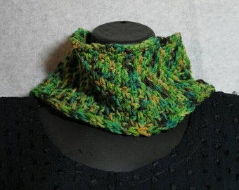 Beanstalk crocheted neckwarmer