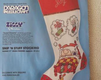 """Ziggy TM 17"""" Felt Christmas Stocking Kit"""