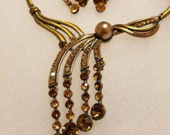 Golden Bronze Bling Vintage Necklace. Complimentary Shipping