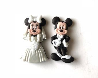 Minnie Bride Pin, Minnie Wedding Pin, Minnie Wedding Badge, Minnie Bouquet Pin, Mickey Minnie Wedding Pins, Minnie Just Married Pin