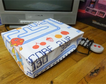 Pac-Man WRETRO WRAPPER console dust cover