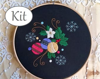 hand embroidery kit - Embroidery kit - DIY KIT - Craft kit - Embroidery pattern - embroidery hoop art - Merry Christmas - Embroidery design