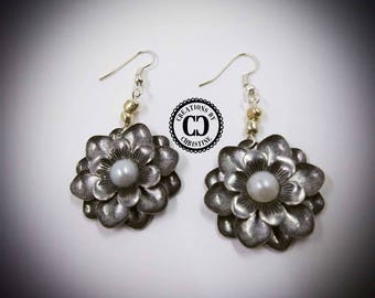 Metal Silver Color Blossoms Earrings