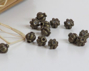 10 beads tribal bronze colored metal, silver - 0.6 x 0.6 cm