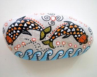 Painted Stone Art, Retro Geometric Fishes