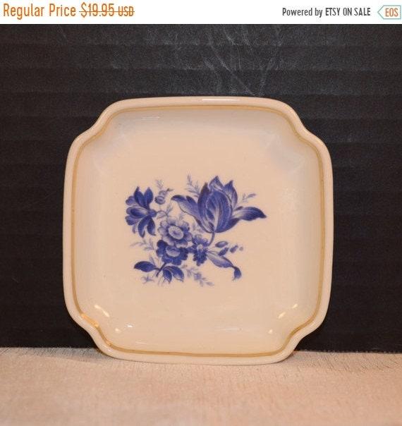 Delayed Shipping Ginori Savona Ashtray Vintage Italian Richard Ginori Blue White Porcelain Miniature Plate Gift for Her Mom Wife Gift for Mo