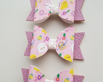 Small Easter print bow