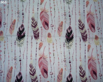 Fabric pink and plum coupon C963 feathers 35x50cm