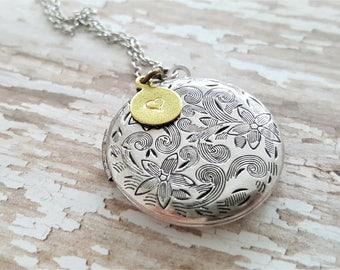 SALE - Antique Silver Locket Necklace -Personalized Locket -Bridesmaid necklace -Vintage Silver Locket -Bridesmaid Locket -Flowergirl Locket