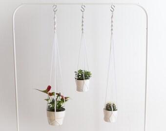 Simplistic black - the simplistic black tea • hanging planter