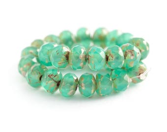 3/5mm Emerald Green Opal Beads, Glass Beads, Picasso Rondelle Beads, Fire Polished Czech Glass, Donut Bead Spacers x 30pc