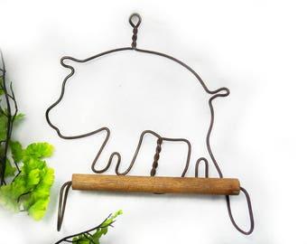 farm pig decor - pig wall hanger - rustic pig decor -primitive pig decor -Farmhouse Wall Decor, pig gift - Primitive Decor,  - # 35