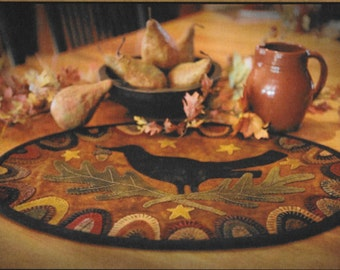 Wool Applique Pattern, Redware Crow,  Wool Table Runner, Fall Decor, Primitive Decor, Wool Tablemat, Primitive Gatherings, PATTERN ONLY