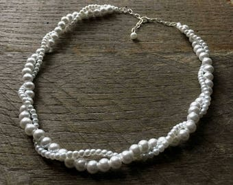 White Pearl Necklace, Pearl Bridal Necklace, Wedding Necklace, Twisted Pearl Necklace, Simple Necklace on Silver or Gold Chain
