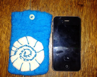 felted phone pouches