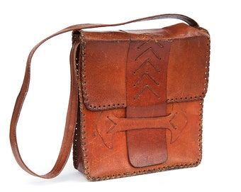 Vintage Tooled Leather Handbag, 80s Leather Tooled Purse, Shoulder Bag, Leather Retro Lady Purse, Brown leather messenger bag